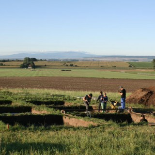 Archeologiniai tyrimai Vokietijoje. Hünenburg piliakalnis ir papėdės gyvenvietė
