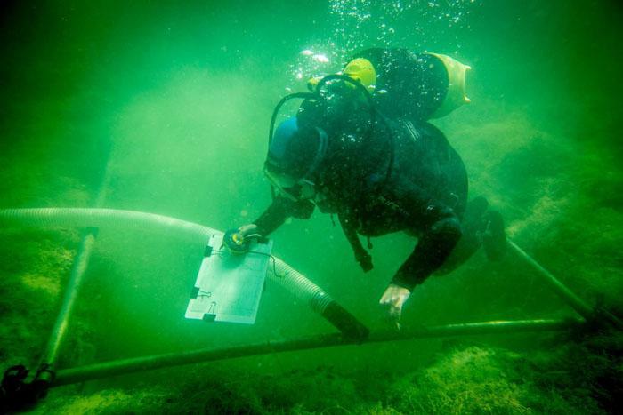 Povandeniniai archeologiniai tyrimai Luokesų ežere. Šaltinis: Vidmantas Balkūnas, 15min.lt